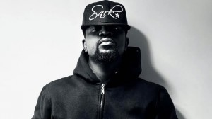 sarkodie_sark_cloth_625x351_02